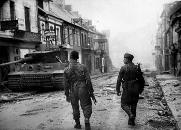 Lukas Wirp Militär bilder 2. Weltkrieg tiger Panzer Waffen SS Wittmann