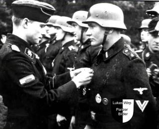 Joachim Peiper, Kommandeur der Leibstandarte