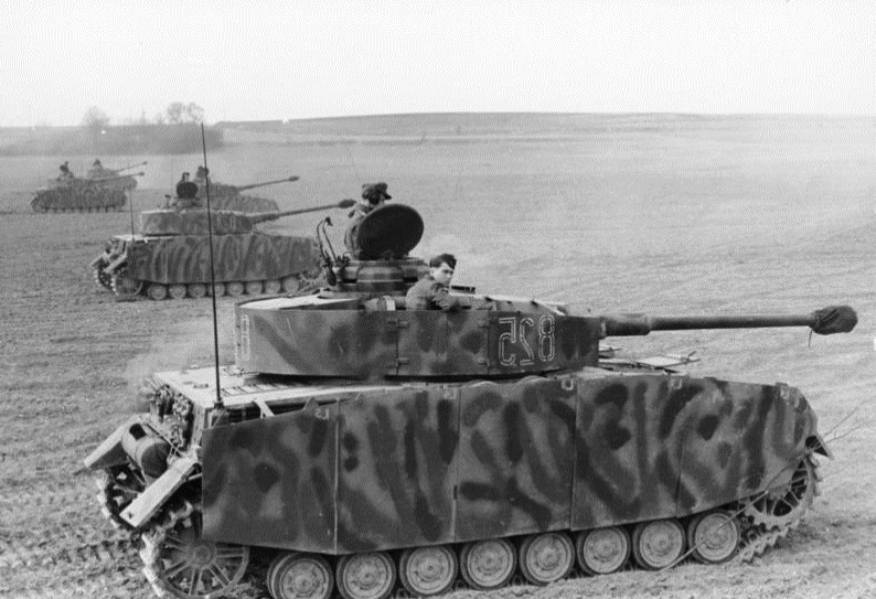 milit r bilder deutsche panzer des 2 weltkrieges vom panther bis zum jagdtiger. Black Bedroom Furniture Sets. Home Design Ideas
